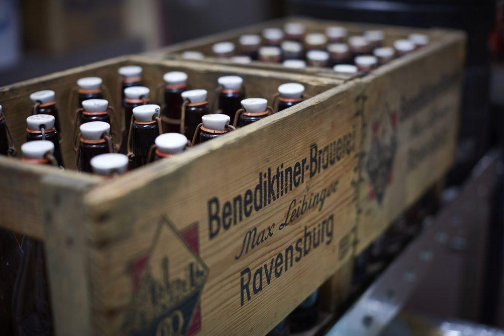 Benediktiner Brauerei Ravensburg Holzbierkästen